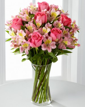 Dreamland Pink Rose Bouquet with Vase